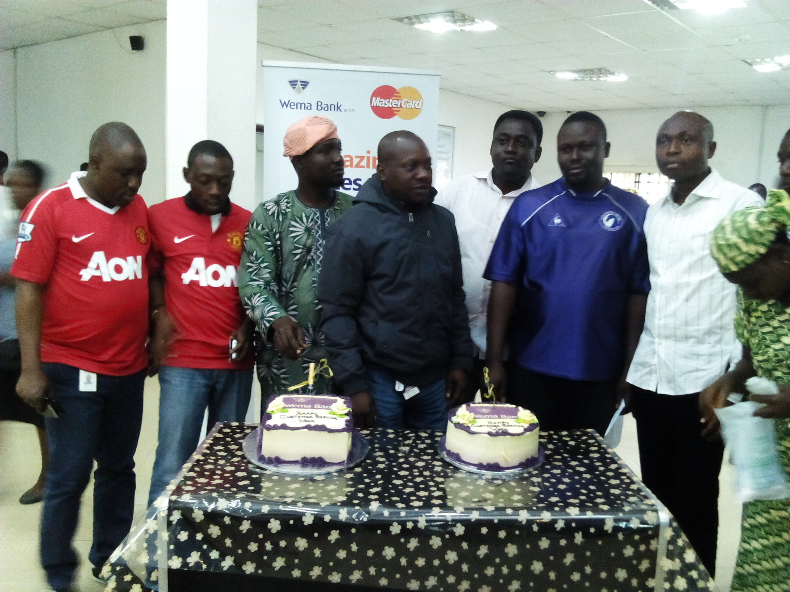 Oshogbo Branch celebrating with Customers 2